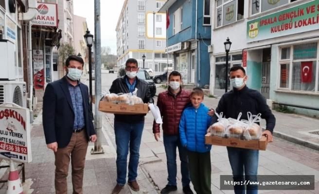 AK Parti İpsala'dan Ramazan mesaisi
