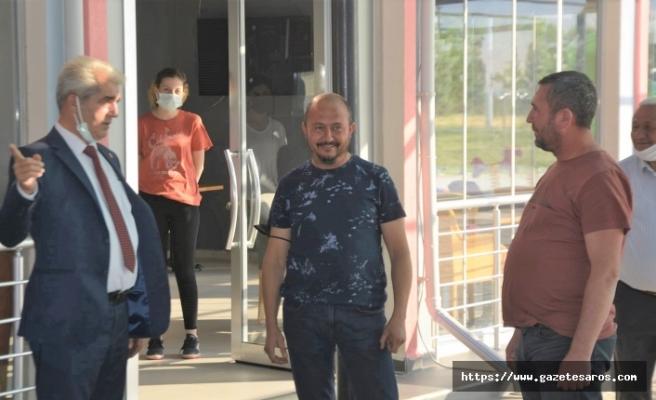 Başkan Ünsal ve ekibi, Köprü Mahallesi'nde esnaf ziyaretinde