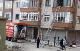 """Helvacıoğlu, """"ev taşımak için kesilen ağaç..."""