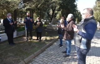 Keşan eski belediye başkanı Önen, mezarı başında...